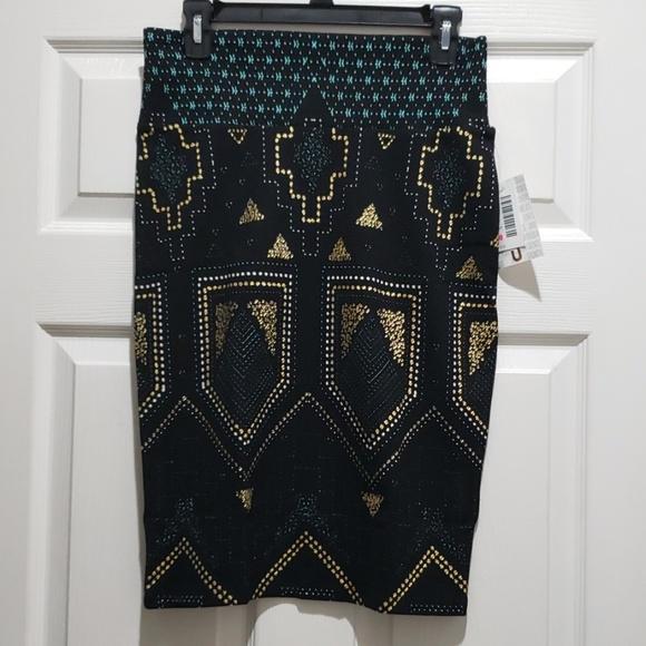 LuLaRoe Dresses & Skirts - LuLaRoe STUNNING Elegant Aztec Tribal Cassie